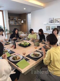 東京料理教室 食事風景